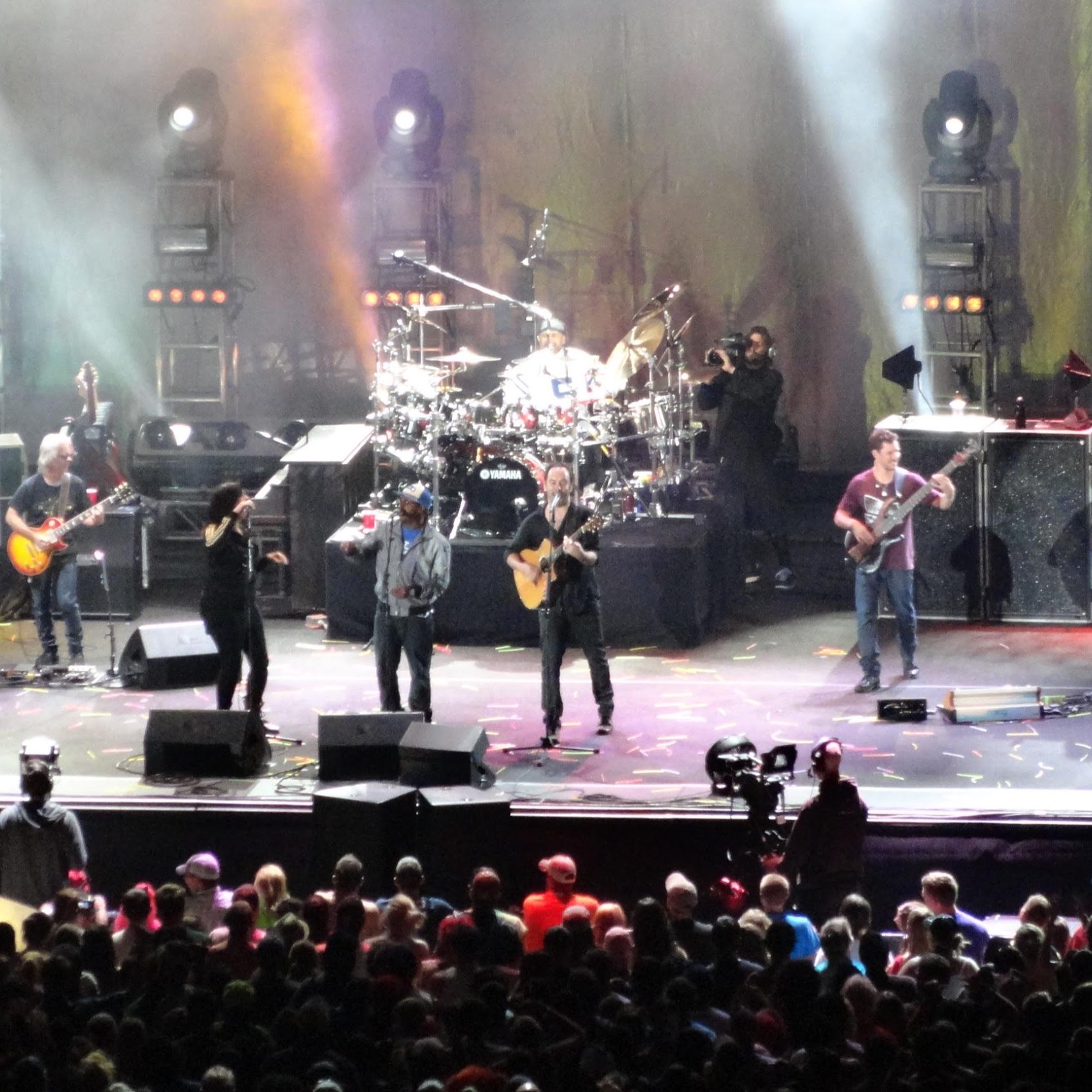 Dave Matthews Band with Gig Getaways